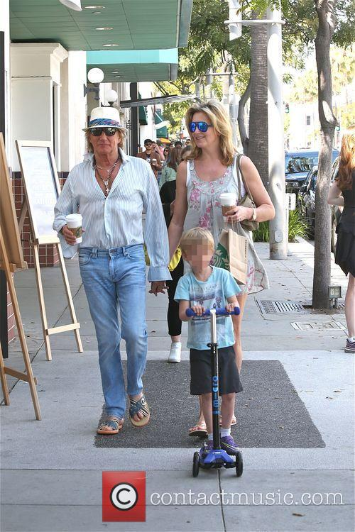 Rod Stewart, Penny Lancaster and Aiden Stewart 1