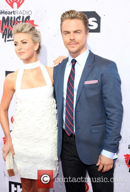 Julianne Hough and Derek Hough 5