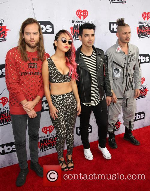 Jack Lawless, Jinjoo Lee, Joe Jonas, Cole Whittle and Dnce 1