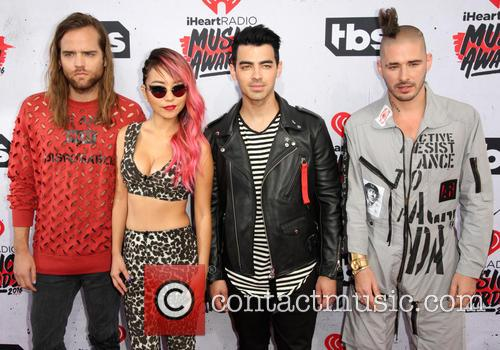Jack Lawless, Jinjoo Lee, Joe Jonas, Cole Whittle and Dnce 3