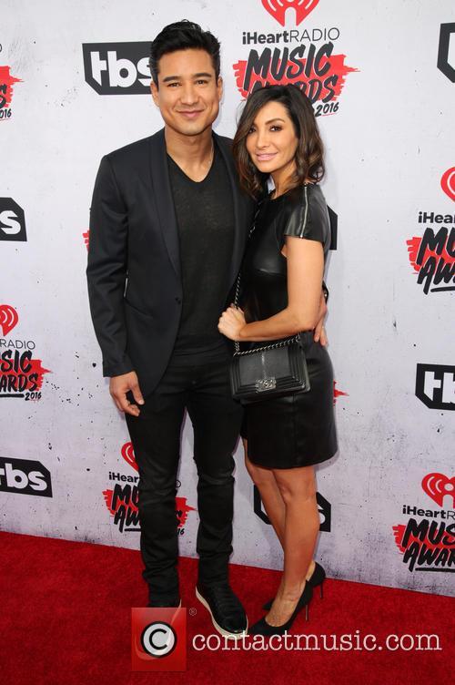 Mario Lopez and Courtney Laine Mazza 1