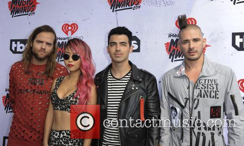 Jack Lawless, Jinjoo Lee, Joe Jonas and Cole Whittle 1