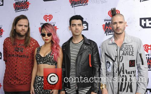 Jack Lawless, Jinjoo Lee, Joe Jonas and Cole Whittle 2