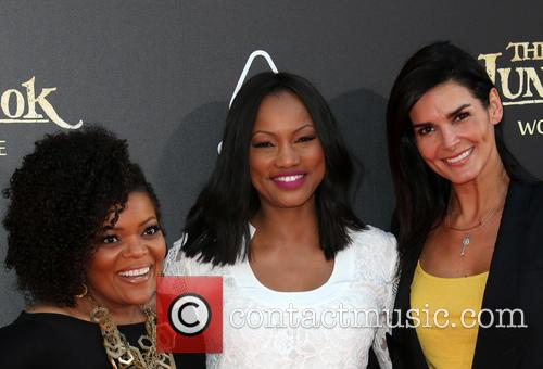 Yvette Nicole Brown, Garcelle Beauvais and Angie Harmon 3