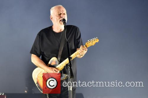 David Gilmour performs live at the United Center