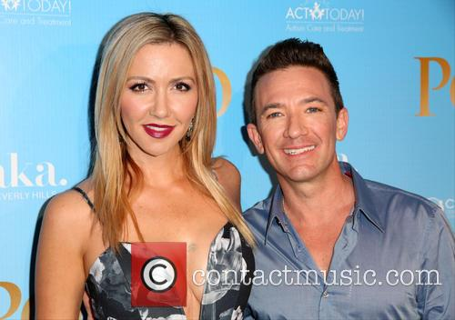 Lindsay Bronson and David Faustino 3