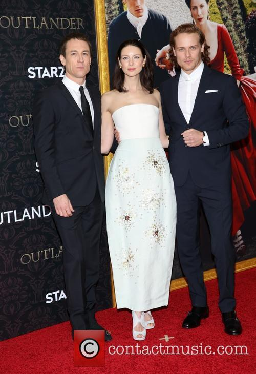 Tobias Menzies, Caitriona Balfe and Sam Heughan 1