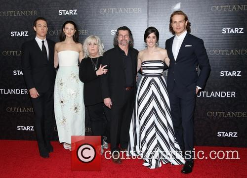 Tobias Menzies, Caitriona Balfe, Terry Dresbach, Ronald D. Moore, Maril Davis and And Sam Heughan 2