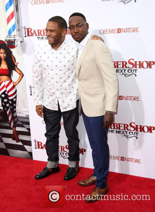Anthony Anderson and Lamorne Morris 5