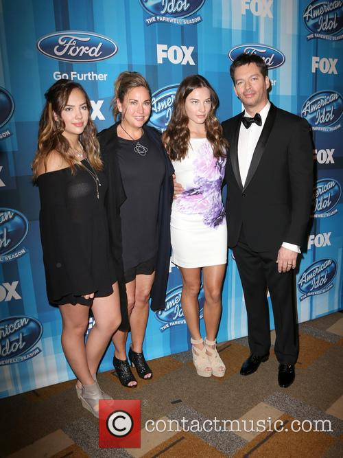 Sarah Connick, Jill Goodacre, Georgia Connick, Harry Connick and Jr. 1