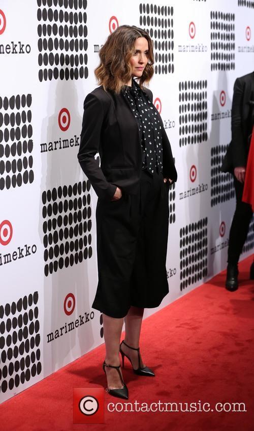 Rose Byrne 4