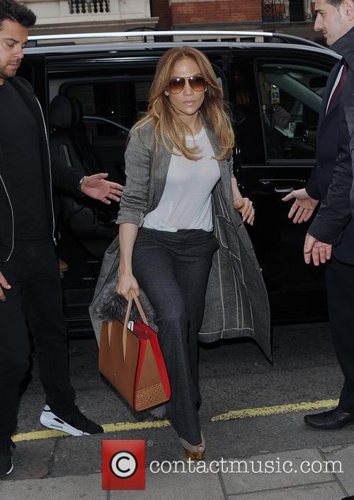 Jennifer Lopez, Emme Maribel Muñi and Maximilian David Muñiz 4