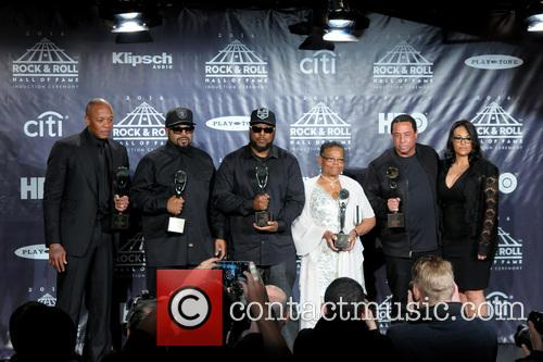 Dr. Dre, Ice Cube, Mc Ren, Kathie Wright and Dj Yella 6