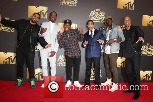 Actors O'shea Jackson Jr., Corey Hawkins, Common, Neil Brown Jr., Jason Mitchell and Aldis Hodge 2