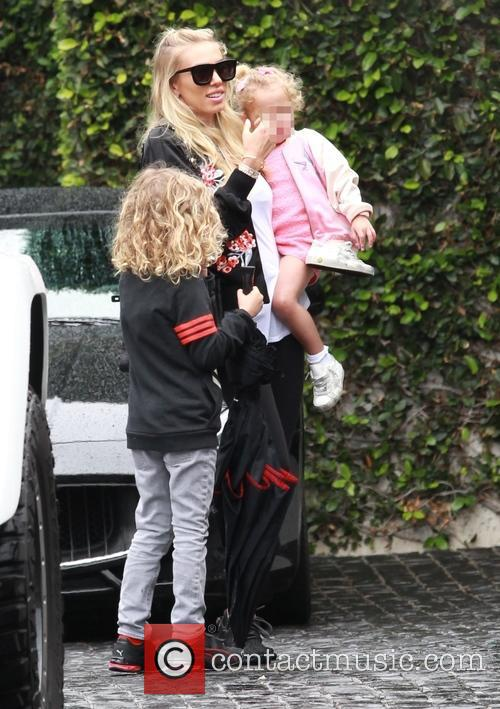 Petra Ecclestone, Lavinia Stunt, Andrew Stunt and James Stunt Jr. 3