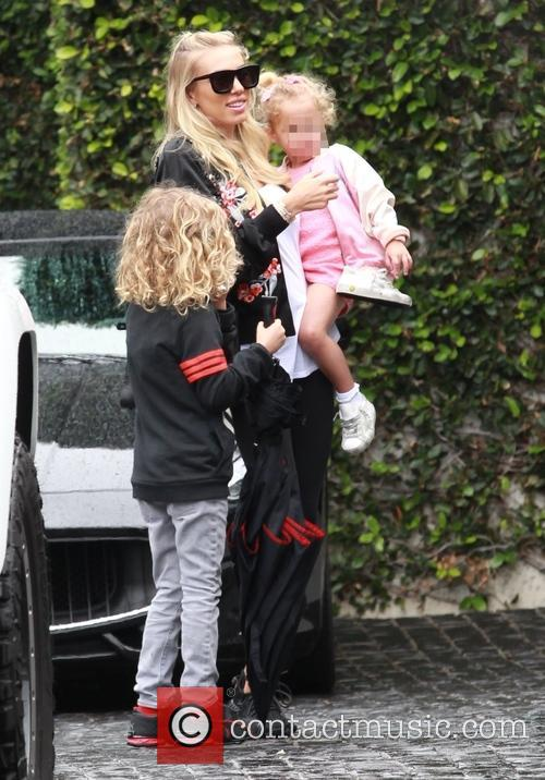 Petra Ecclestone, Lavinia Stunt, Andrew Stunt and James Stunt Jr. 4