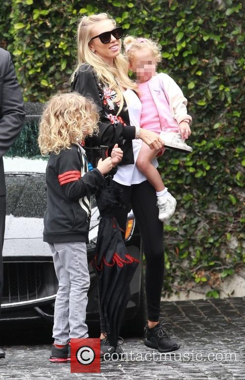 Petra Ecclestone, Lavinia Stunt, Andrew Stunt and James Stunt Jr. 5