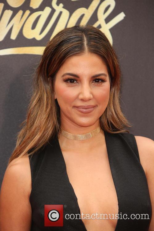 Liz Hernandez 4