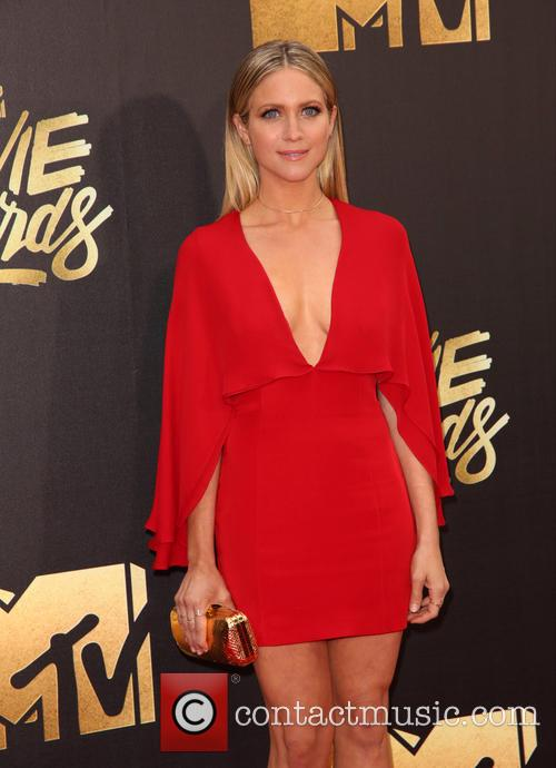 Brittany Snow 5