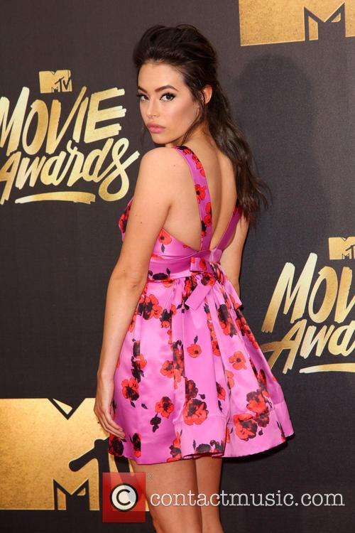 Chloe Bridges 5