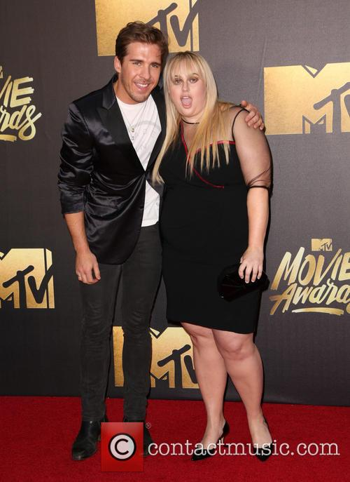 Hugh Sheridan and Rebel Wilson 3