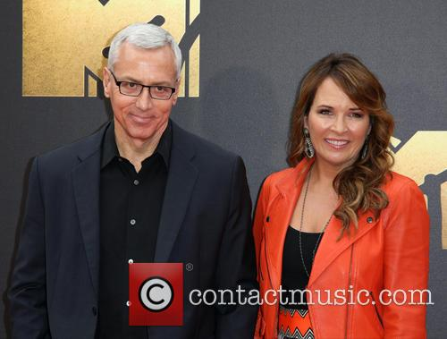 Susan Pinsky and Dr. Drew 3