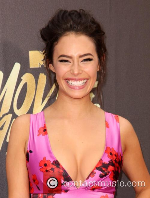 Chloe Bridges 10