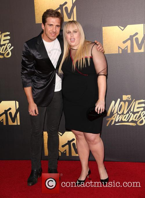 Hugh Sheridan and Rebel Wilson 5