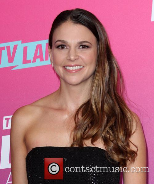 Sutton Foster 8