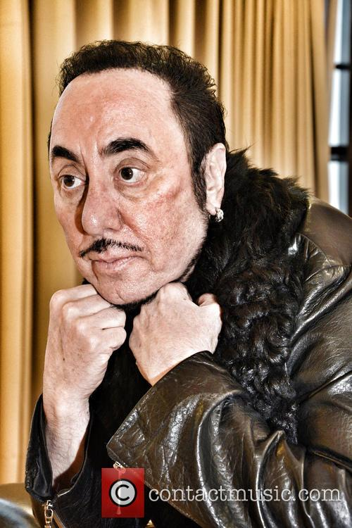 David Gest and Contestant 2
