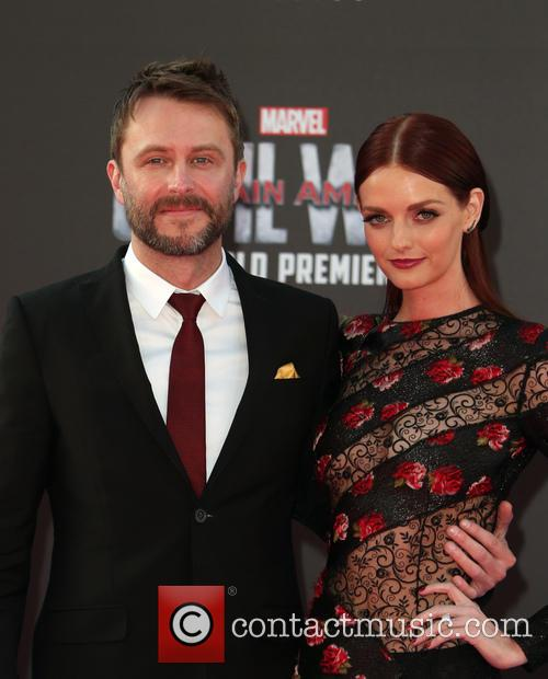 Chris Hardwick and Lydia Hearst 3