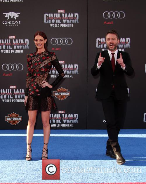 Lydia Hearst and Chris Hardwick 11