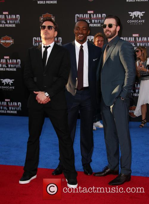 Robert Downey Jr., Anthony Mackie and Chris Evans 4
