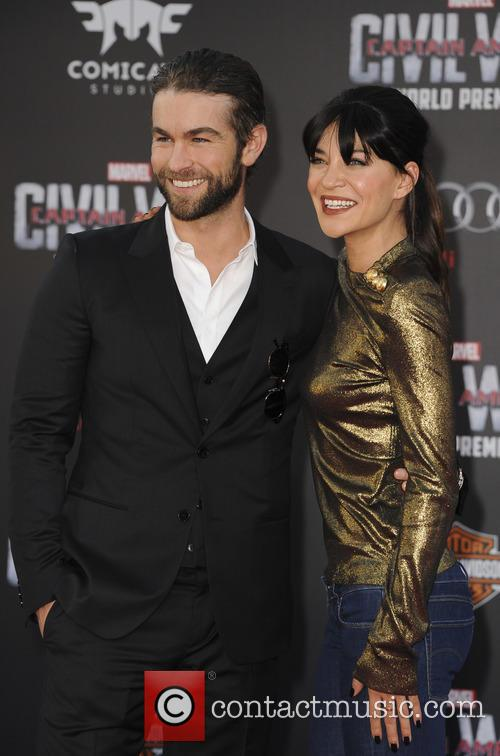 Chace Crawford and Jessica Szohr 2