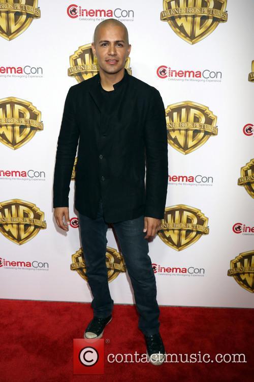 Jay Hernandez 2