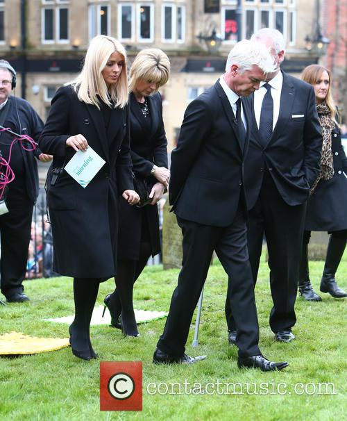 Holly Willoughby, Phillip Schofield, Eamonn Holmes and Ruth Langsford 8