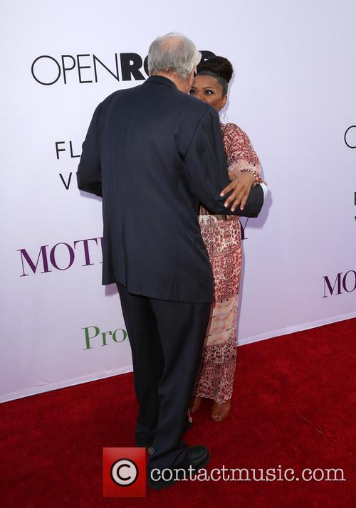 Garry Marshall and Yvette Nicole Brown 1