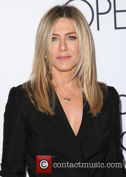 Jennifer Aniston 7