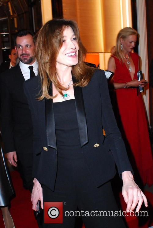 Carla Bruni and Bond 1