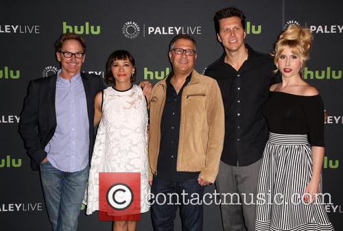 Jere Burns, Rashida Jones, Ira Ungerleider, Hayes Macarthur and Andree Vermeulen 7
