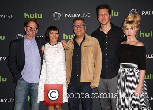 Jere Burns, Rashida Jones, Ira Ungerleider, Hayes Macarthur and Andree Vermeulen 8