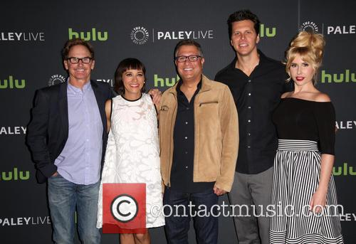 Jere Burns, Rashida Jones, Ira Ungerleider, Hayes Macarthur and Andree Vermeulen 9