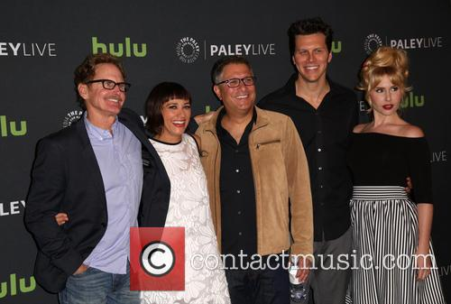 Jere Burns, Rashida Jones, Ira Ungerleider, Hayes Macarthur and Andree Vermeulen 11