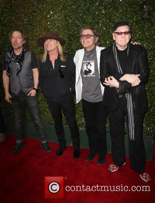 Daxx Nielsen, Robin Zander, Tom Petersson and Rick Nielsen 2