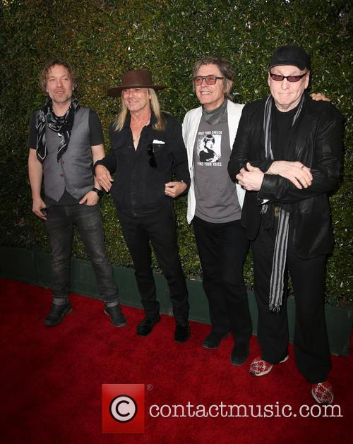 Daxx Nielsen, Robin Zander, Tom Petersson and Rick Nielsen 3