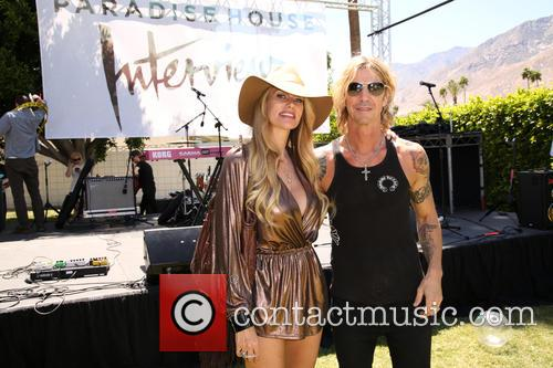 Susan Holmes-mckagan and Duff Mckagan 11