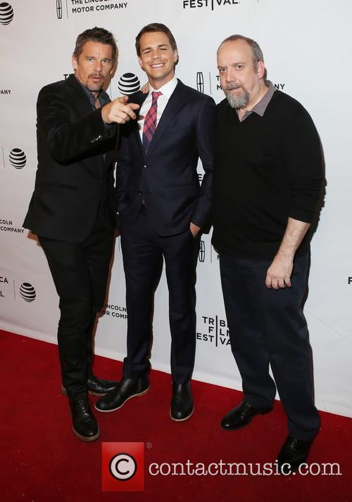 Ethan Hawke, Johnny Simmons and Paul Giamatti 6