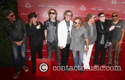 Chad Smith, Robin Zander, Daxx Nielsen, Tom Petersson, Michael Anthony, Sammy Hagar, Rick Nielsen and Vic Johnson 5