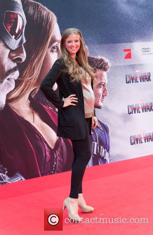 Nina Eichinger (pregnant) 1