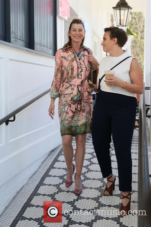 Ellen Pompeo and Lena Dunham 9